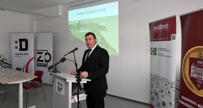 Read more about the article Megnyílt a BME Z10, Magyarország egyik első egyetemi startup inkubációs központja